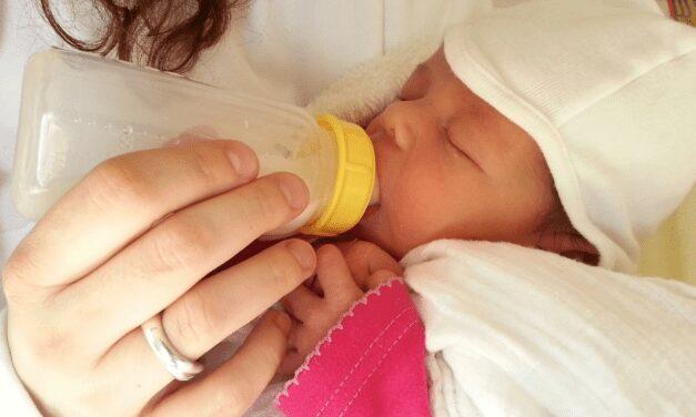 Zo Bewaar Je Moedermelk | En Zo Warm Je Het Op
